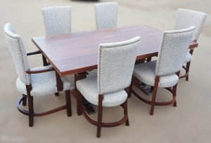 Lavin Dining Set